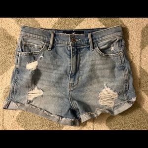 Hollister Ultra high-rise short-short size 5